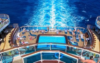 princess-cruises-swimming-deck