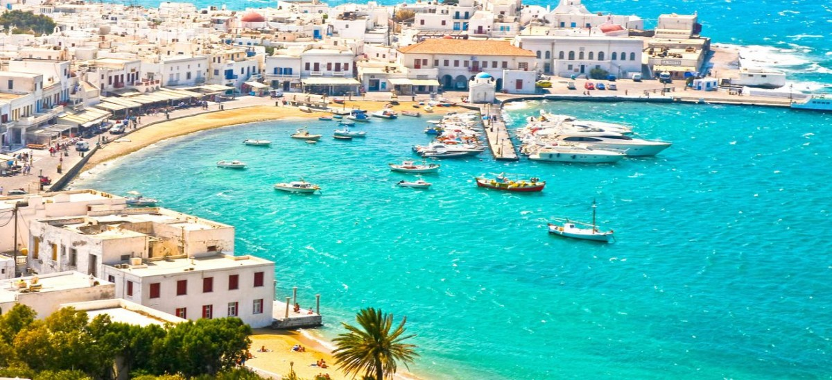 mykonos-town-chora-and-harbor-image-id-161866253-1426780396-0hQy