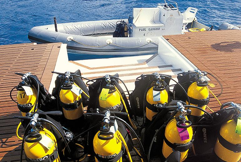pg-marina-scuba-gear_772x520