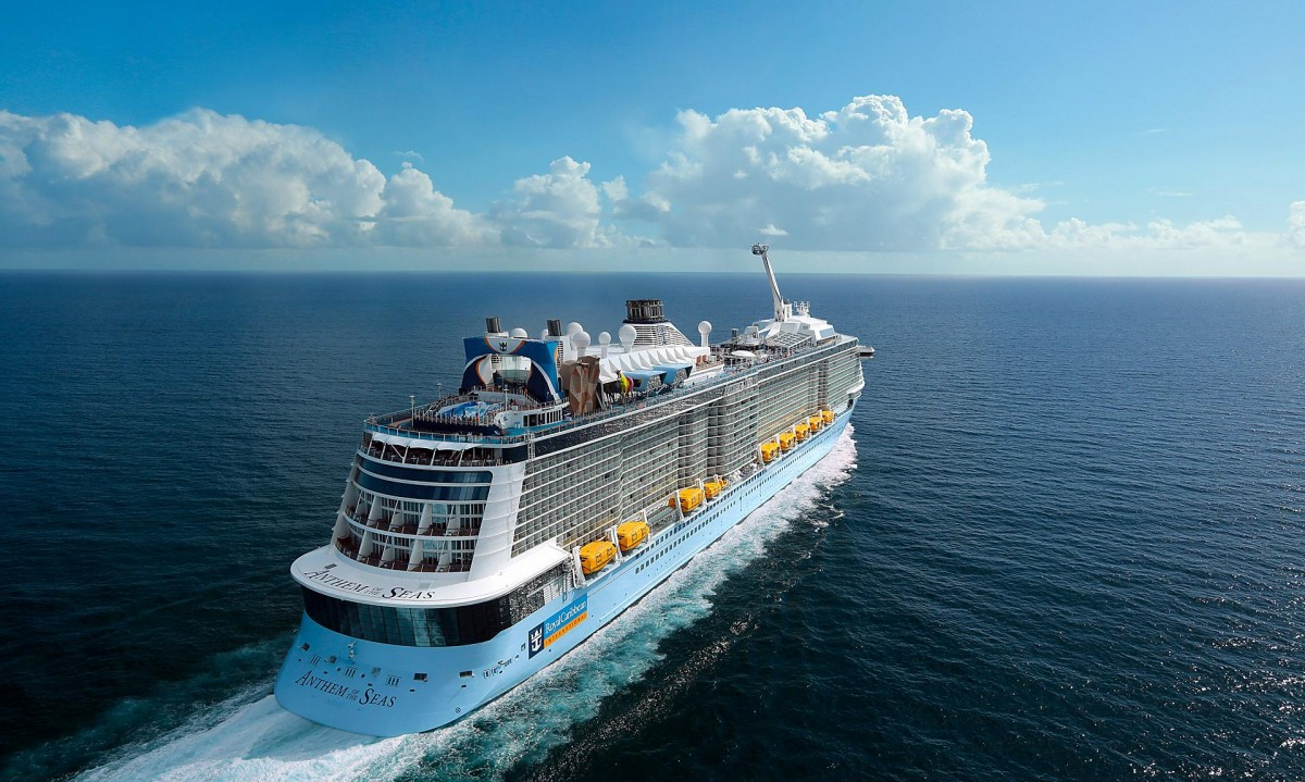 anthem-of-the-seas-aerial-stern-sailing1